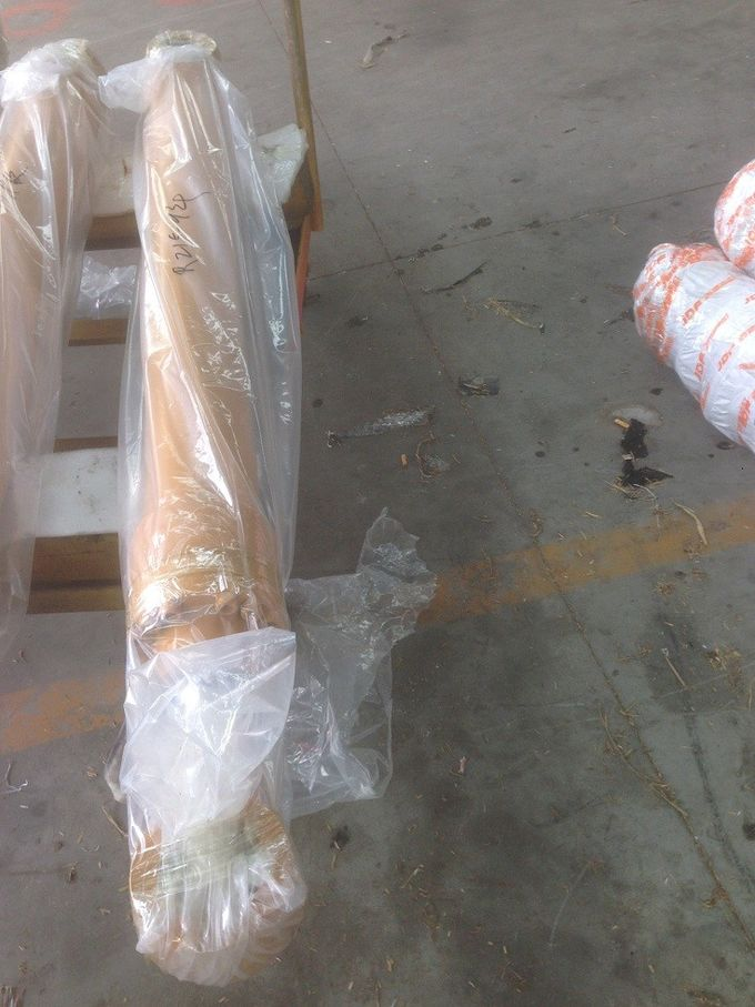 Construction equipment parts, Hyundai R215-9 bucket  hydraulic cylinder ass'y,